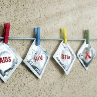 コンドーム(AIDS,HIV,STOP,ribbon)